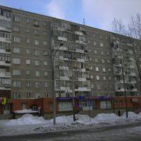 """Продам  комнату в двухкомнатной квартире напротив """"Сагайдак Парка"""" и районной поликлиники"""