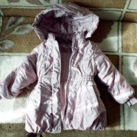 Куртка зимняя размер 28 , рост 104, немного б у, капюшон, для девочки